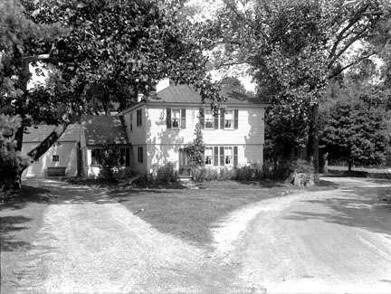 Swell Boston 1775 Thomas Sawin Homestead In Natick 1692 Home Interior And Landscaping Ologienasavecom