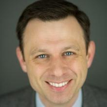 Headshot of Gordon Fraser